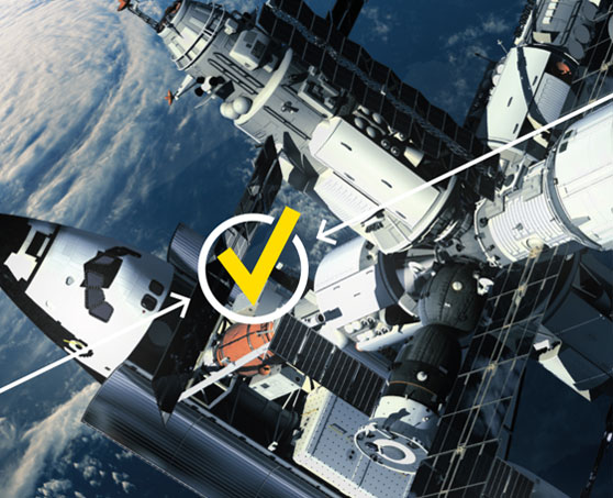Space Shuttle dockt an ISS an